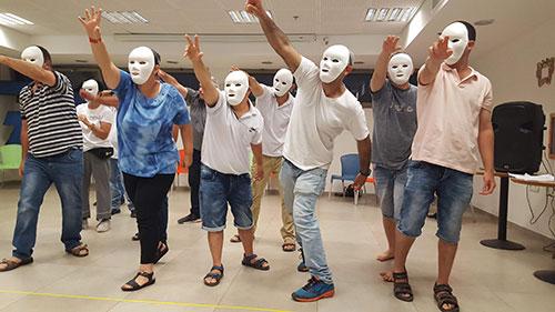 תיאטרון קהילתי לבני נוער
